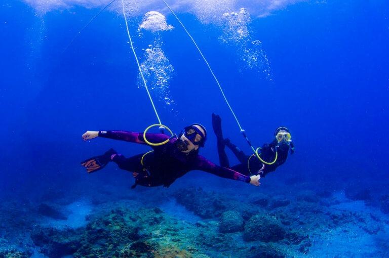 Inmersión de Peter Diving de dos buceadores en Tenerife Sur Las Galletas y La Gomera